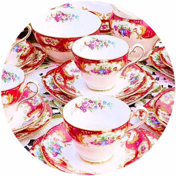 (OUT OF STOCK) ROYAL STANDARD  LADY FAYRE VINTAGE TEA CUP AND SAUCER